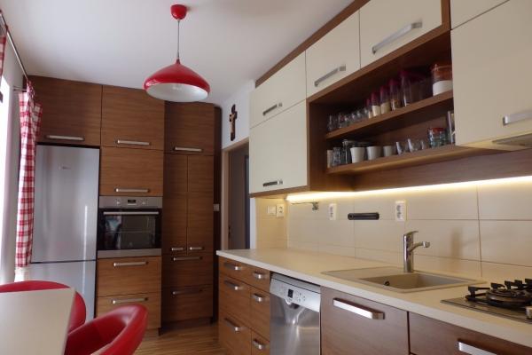 kuchyna-poruba-02DD8B4163-DFC6-B3DD-F6C0-BB143320414E.jpg