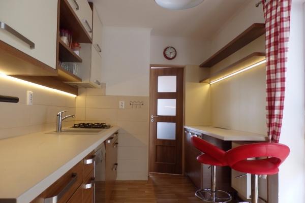 kuchyna-poruba-0714F48AAE-1321-3C59-53E1-7BCEDCED89B3.jpg